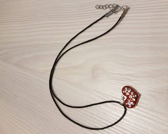 Necklace with a pretty red heart and rhinestones