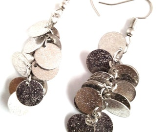 Earrings with silver sequins