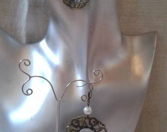 """""""flower and cabochon cat's eye"""" earrings"""
