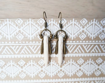 Bohemian earrings, dangle earrings howlite earrings boho chic, white howlite earrings