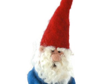 Needle Felted Gnome Tree Topper/Christmas Gnome/Holiday Gnome/Felted Tree Topper/Gnome Puppet/Waldorf Gnome/Wool Gnome/Gnome Decor