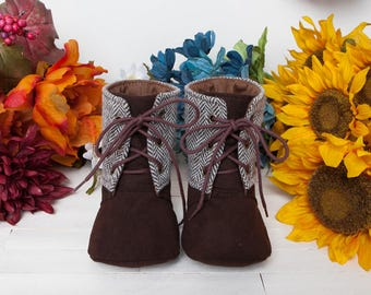 Mitchelle Baby Boots PDF Sewing Pattern (#1339)