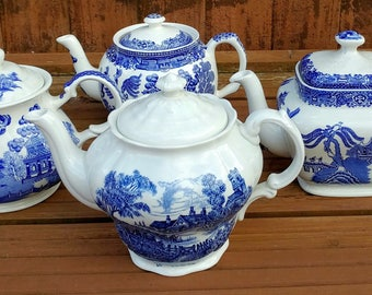 Job Lot of 7 Large Vintage Mismatched Blue & White Willow Pattern Teapots -Tableware / Crockery for Mad Hatters Tea Room Parties, Weddings