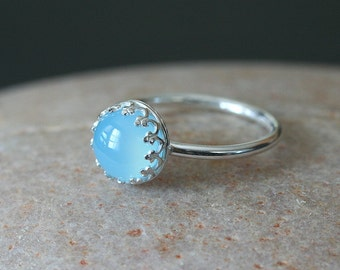 Aqua Blue Green Chalcedony Ring 8mm Stacking Ring in Sterling Silver, Princess Gallery Bezel, Crown Setting, May Birthstone,Size 2-15, Gift