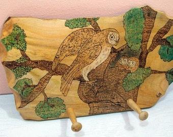 Rustic Wood Burned Owls Peg Rack