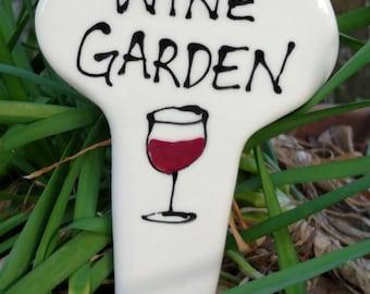 Wine garden yard marker garden stake