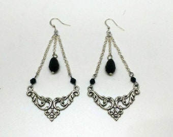"Goth Earrings ""Nyra"""