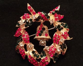 Rhinestone Wreath Brooch / Pin