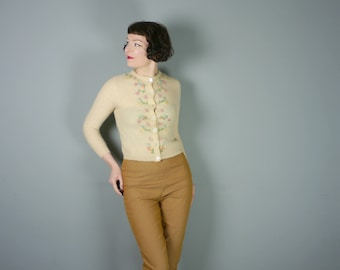 1950s WOOL cardigan with EMBROIDERED pastel pink, blue and yellow flowers - ROMANTIC 50s sweater girl - S