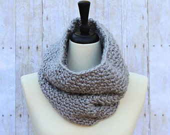 Light Grey Scarf, Grey Neckwarmer, Grey Cowl, Grey Loop Scarf, Grey Winter Scarf, Grey Crochet Scarf, Chunky Crochet Scarf, THE AMELIA