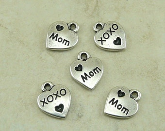 5 TierraCast Love Mom Mothers Day Charms > Heart xoxo Sentiment Daughter - Silver Plated Lead Free Pewter - I ship Internationally 2202