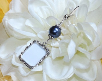 Wedding bouquet photo charm. Navy blue Memorial charm. Single or double sided. Bridal bouquet charm. Bridal shower gift. Something blue.