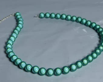 Jade/pistachio/mint Miracle Bead/glow bead Necklace or choker