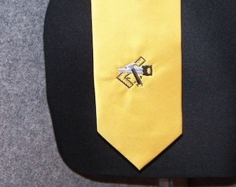 TIe New Necktie Tools of the Trade for Contractor Embroidered with Tools on GOLD tie