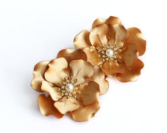 Gold Flower Hair Clips Flower Hair Clip Gold Head Piece Bridesmaids Accessory Prom Flowers Flower Alligator Hair Clip