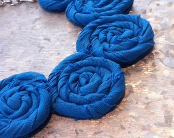 Scuba Blue Rosette Necklace - Summer Elegance