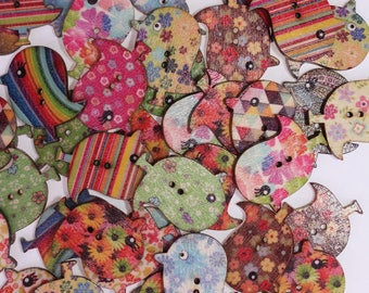 10 x wooden varnish birds - 02308 buttons