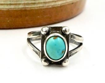 Vintage STERLING TURQUOISE RING Navajo Native American Sterling Silver Turquoise Pinky Midi Ring Sz 5 3/4 Southwestern Style