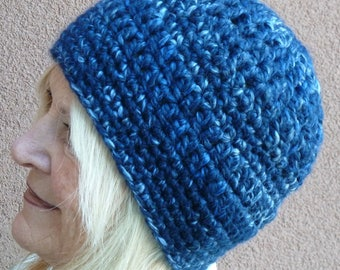 Beautiful blue winter crochet skullcap, ski the slopes in style, women's winter hat, chic and warm, a gift for her