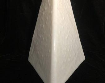 Eggshell White Light Fixture