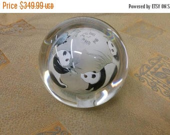 On Sale Peking Reverse Glass Signed Steven Lundberg Chinese Pandas with Bamboo Large Round Glass Paperweight Collectible Home Decor