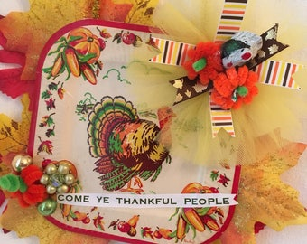 Thanksgiving Vintage Inspired Ornament or Wall Hanging