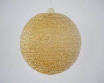 Suikerbol pendant light.