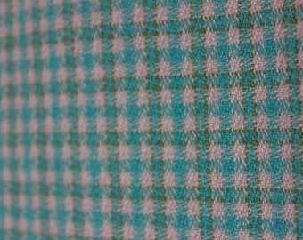 Vintage fabric from 1969, shepherd's plaid, 240 cm x 154 cm