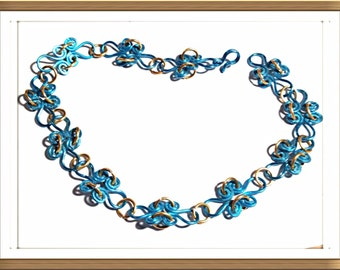 Handmade MWL forged blue and gold wire necklace. 0141