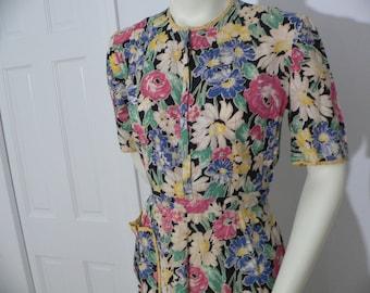 1940s Cotton Floral Print House Dress