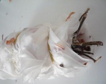 PDF Tutorial. Onion Skins Eco Print on silk.Eco Print. Dyeing with onion skins.Tutorial ecoprint. silk scarf.silk fabric.Silkcraft