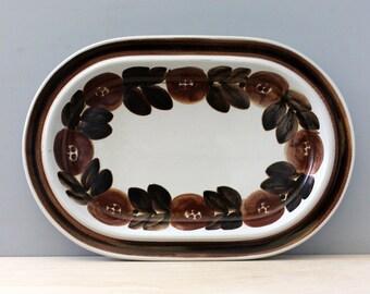 Arabia Finland Rosmarin Brown. Oval vegetable platter, signed Ulla Procope.