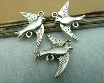 30pieces  22*18mm Antique silver bird charm   -  antique silver charm pendant  Jewelry Findings