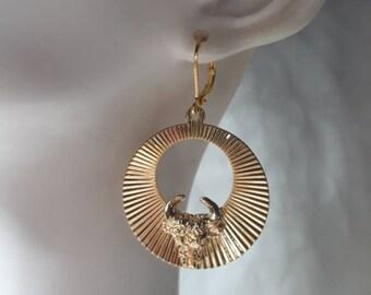 Style fancy Bull gold plated earrings