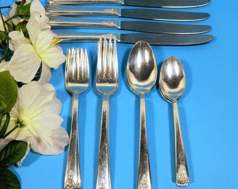 Wm. Rogers Silverplate 1950 Spring Charm Flatware for Four 20 Pieces