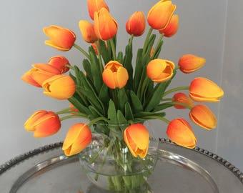 Orange/Yellow Tulip Arrangement, 30 Tulips Floral Centerpiece, Orange Tulip Centerpiece, Realistic Tulips, Faux Water, Tulip Arrangement