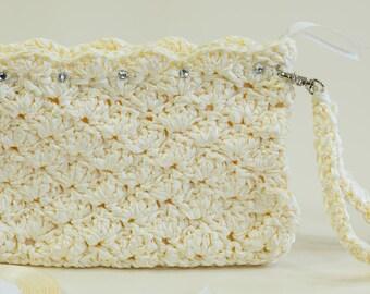 Bridal Ivory Purse Handmade Wedding Bag Ivory Clutch Bridesmaid Purse Bridal Clutch Vintage Weddings Crochet Clutch Spring sale