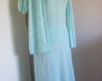 CURVY Vintage THREE PIECE Set 1970s Aqua Crochet Knit Top Cardi Midi Skirt Boucle Set