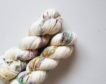 Froot Loop - Hand Dyed 100% merino DK single ply
