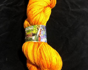 Alaskan Gold Worsted Superwash Hand Dyed Yarn 200 yds