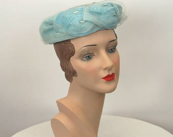 1960s hat with veil light blue organza leaves Size 21.5