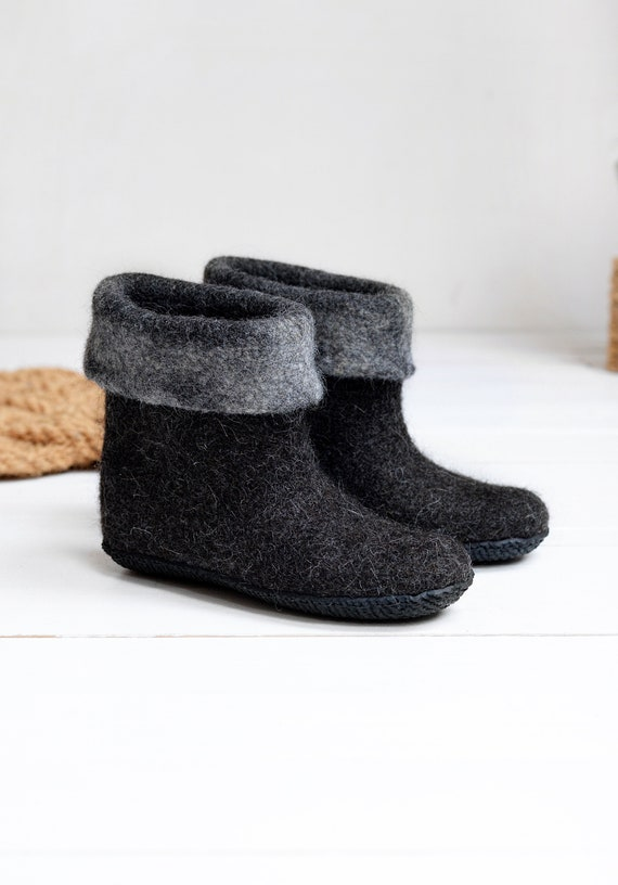 Felted natural black wool boots home shoes high boiled wool