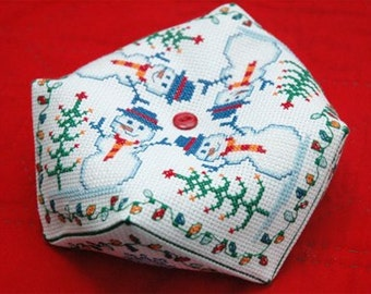 Tiny Modernist Snowman Biscornu Christmas Counted Cross Stitch Pattern