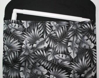 Project Envelope 11 x 17 Black Palm