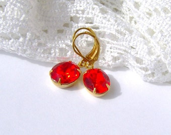 Ruby Rhinestone Leverback Earrings / Gift for her / girlfriend gift / red earrings / Swarovski / Gatsby / Vintage style / estate style