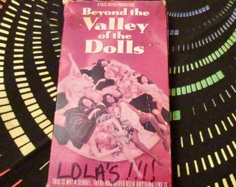Beyond the Valley of the Dolls VHS Cassette / Russ Meyer / VCR/ 60s