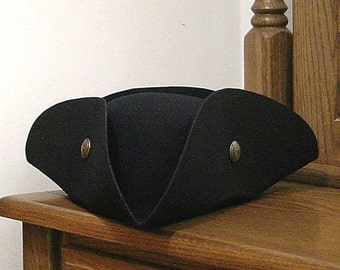 Star Buttoned Tricorn - Cocked Tricorne Colonial America - Pirate Hat