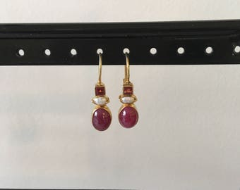 Ruby, pearl and garnet earring