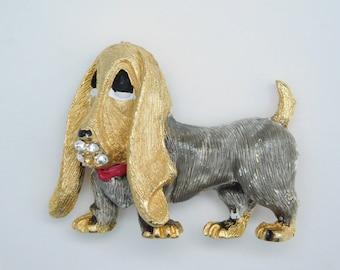 Vintage Basset Hound Dog Brooch Pin Gold Tone Clear Rhinestone
