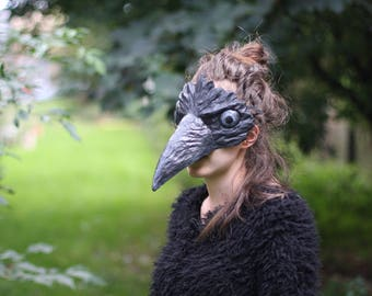 Black Crow mask. Raven mask. Bird mask. Fancy Dress Party Mask Papier Mache Papier Mask